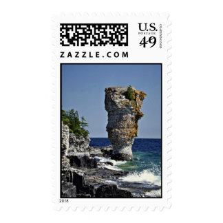 Sea stack, Flowerpot Island, Bruce Peninsula, Onta Stamp
