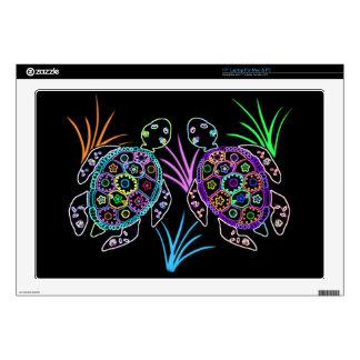 "Sea Turtle Glow 17"" Laptop Skins"