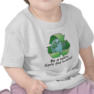 Sea un héroe, recicle la camiseta infantil