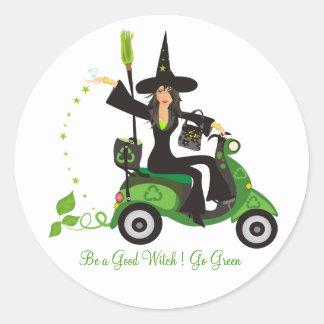 "Sea una buena bruja ""van verde "" pegatina redonda"