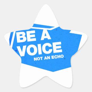 Sea una voz no un eco calcomanía cuadrada