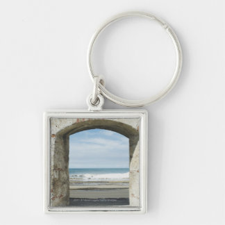 Sea viewed from an archway key chain