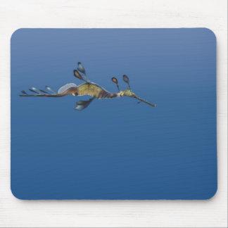 Seadragon lleno de yerbajos Mousepad