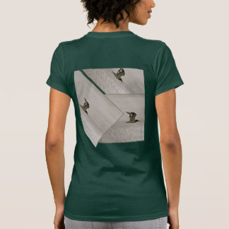 SEAGULL IN FLIGHT, MODERN DESIGN, UNIQUE LOOK TEES