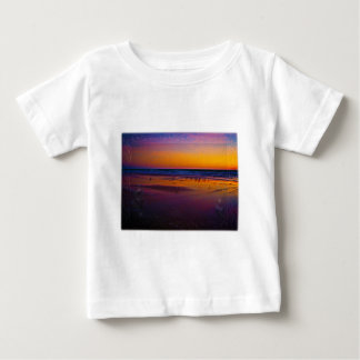 Seagulls Frolicking & Flying During Dawn on Beach T-shirt