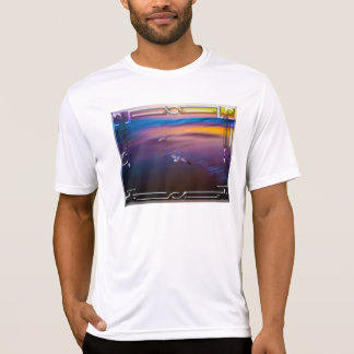 Seagulls on pink and blue waters edge II T-shirt