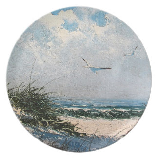 Seagulls on the beach party plates