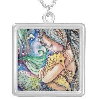 SeaHorse Hugs Necklace