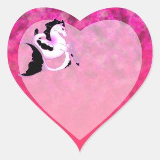 Seahorse rosado de la perla pegatina en forma de corazón