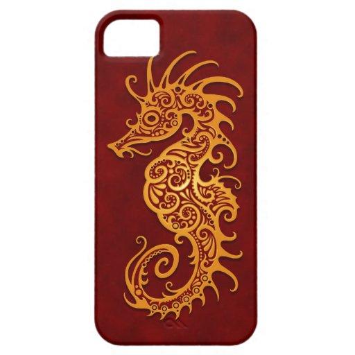 Seahorse tribal rojo de oro iPhone 5 protector