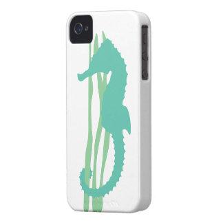 Seahorse verde con la hierba del mar Case-Mate iPhone 4 cobertura
