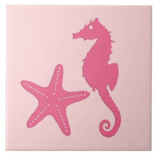 Seahorse y estrellas de mar - rosa del coral azulejo cuadrado grande