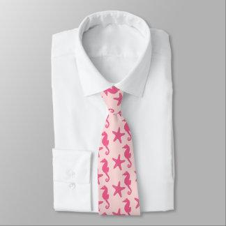 Seahorse y estrellas de mar - rosa del coral corbatas personalizadas