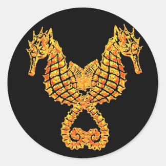Seahorses de oro pegatina redonda
