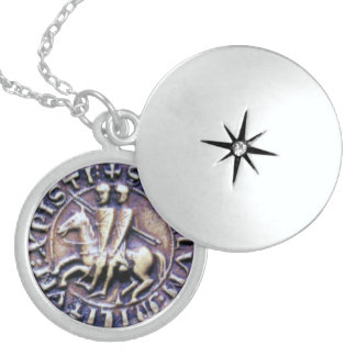 SEAL OF THE KNIGHTS TEMPLAR ROUND LOCKET NECKLACE