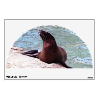 Seal wall graphics