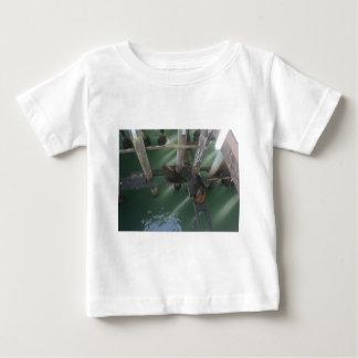 Seals a laying baby T-Shirt