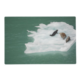 Seals on an Iceberg Placemat