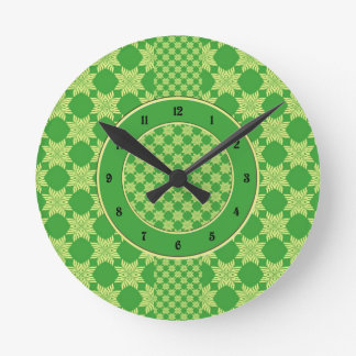 Seamless green leafy pattern round clock