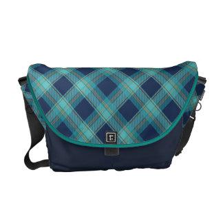 Seamless tartan pattern messenger bag