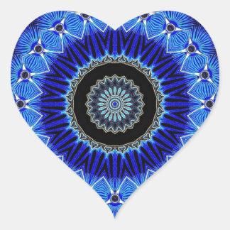 Seashell del caleidoscopio pegatina en forma de corazón