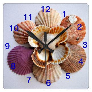 Seashell Flower Clock Square
