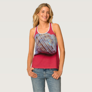 Seashell on a red background tank top