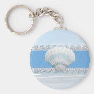 Seashell y cordón azules suaves llavero redondo tipo pin