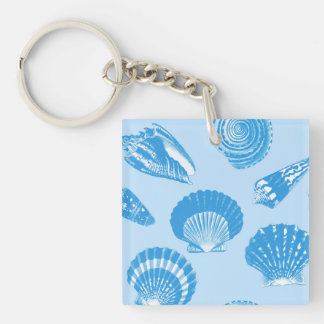 Seashells - azul cerúleo y blanco llavero cuadrado acrílico a doble cara