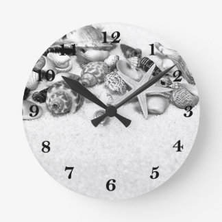 Seashells Clock