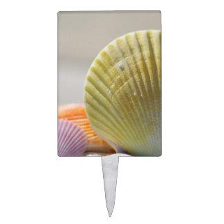 Seashells in White Sand Cake Pick