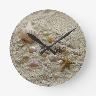 Beach clocks beach wall clock designs for Seashell wall clock