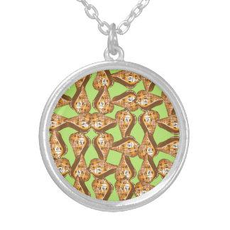 Seashells pattern round pendant necklace