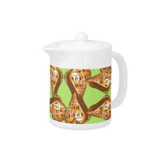 Seashells pattern teapot
