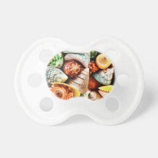 Seashells por la impresión náutica del Mar Chupetes Para Bebés
