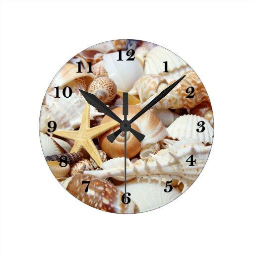 Seashells round clock zazzle for Seashell clock