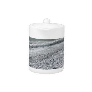 Seashore of a beach in a cloudy day at summer teapot