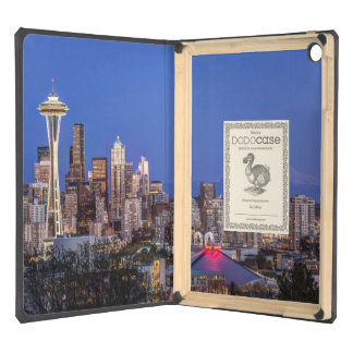 Seattle, centro de la ciudad y el Monte Rainier en