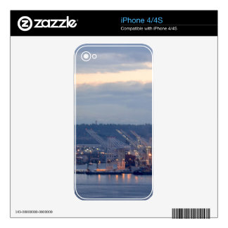Seattle Waterfront Decal For The iPhone 4S