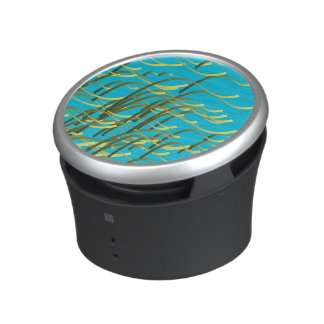 Seaweed on aqua speaker