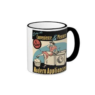 Secador retro de la lavadora del ama de casa taza de café