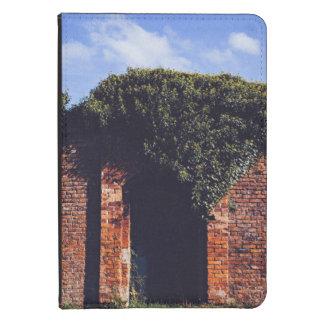 secret  labyrinth entrance kindle 4 case