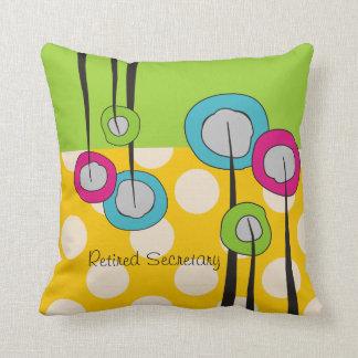 Secretaria jubilada Pillow Whimsical Flowers Desig Cojín