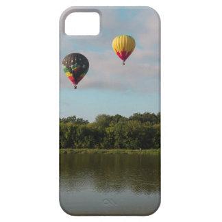 Seda flotante iPhone 5 fundas