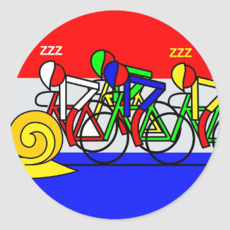 See the snail, what a pace classic round sticker