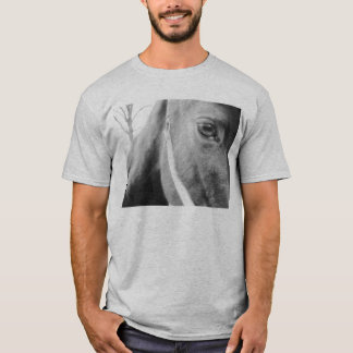 Seeing through the eye of a horse mens t-shirt