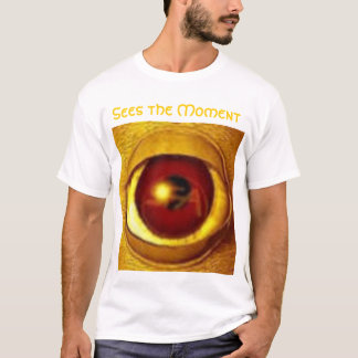 Sees the Moment T-Shirt