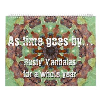 Según va pasando el tiempo… Mandalas oxidadas por Calendario De Pared