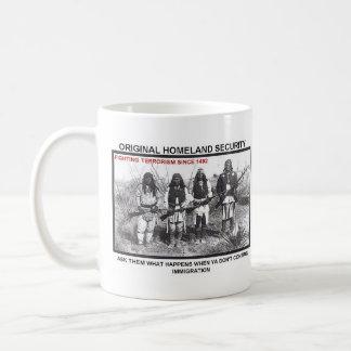 Seguridad de patria 1492 taza de café