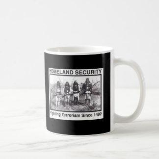 Seguridad de patria india de la foto negra taza de café
